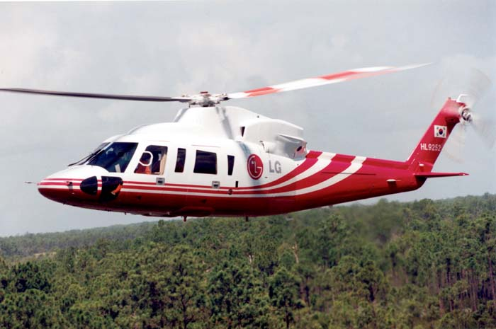 sikorsky s 92 luxury with Sikorsky Global Helicopters Introduces State Of The Art Emergency Medical Services Interior For S 76 C2 Ae Helicopter on Watch likewise Turkish Aerospace Sikorsky Helicopters additionally S 92 furthermore 3 together with 568.