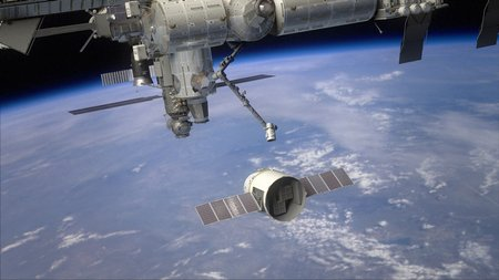 02 ISS grapple arm
